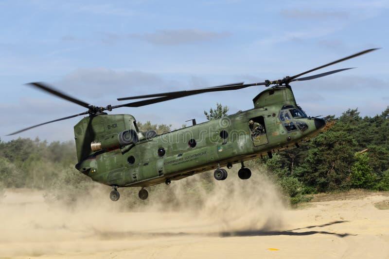 RNLAF Boeing CH-47D Chinook immagini stock libere da diritti