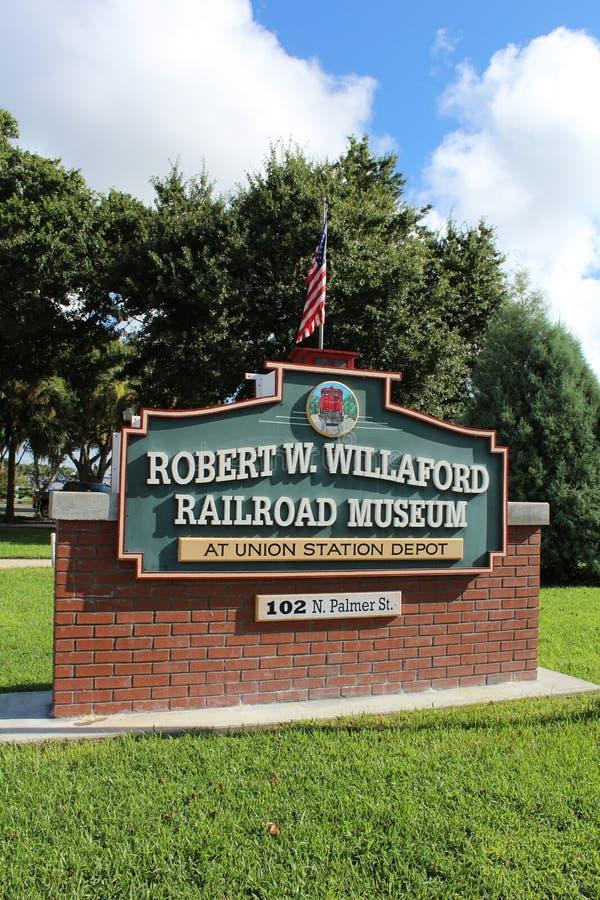 ROŚLINY miasta linii kolejowej muzeum znak zdjęcia royalty free