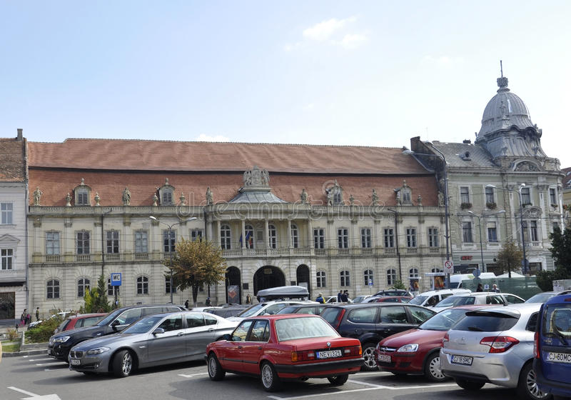 RO de Cluj-Napoca, el 24 de septiembre: Monumento de la gloria al soldado rumano en Cluj-Napoca de la región de Transilvania en R imagen de archivo