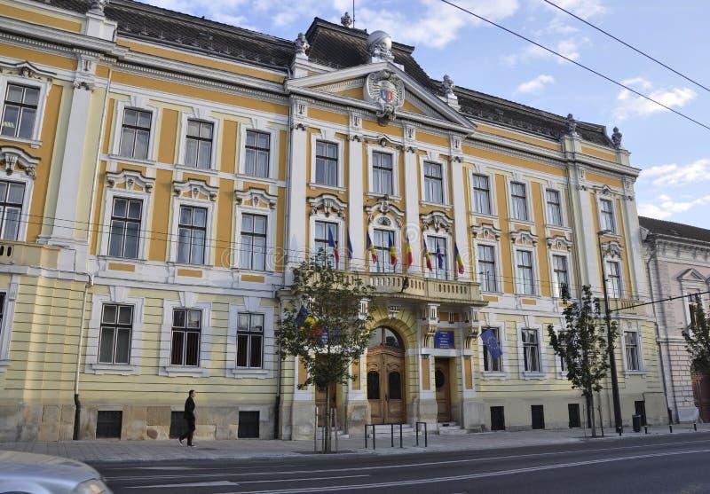 RO de Cluj-Napoca, o 24 de setembro: Hall Building em Cluj-Napoca da região da Transilvânia em Romênia fotografia de stock royalty free