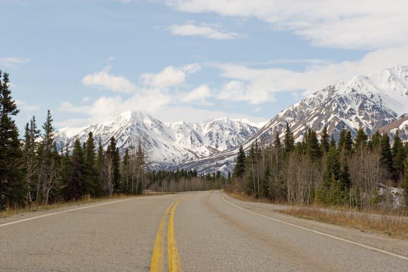 Road through Alaska Range stock images