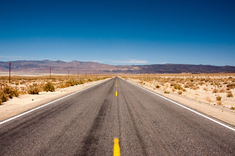 Download Road 190 In Death Valley National Park, California Stock Photo - Image of heat, national: 86457918