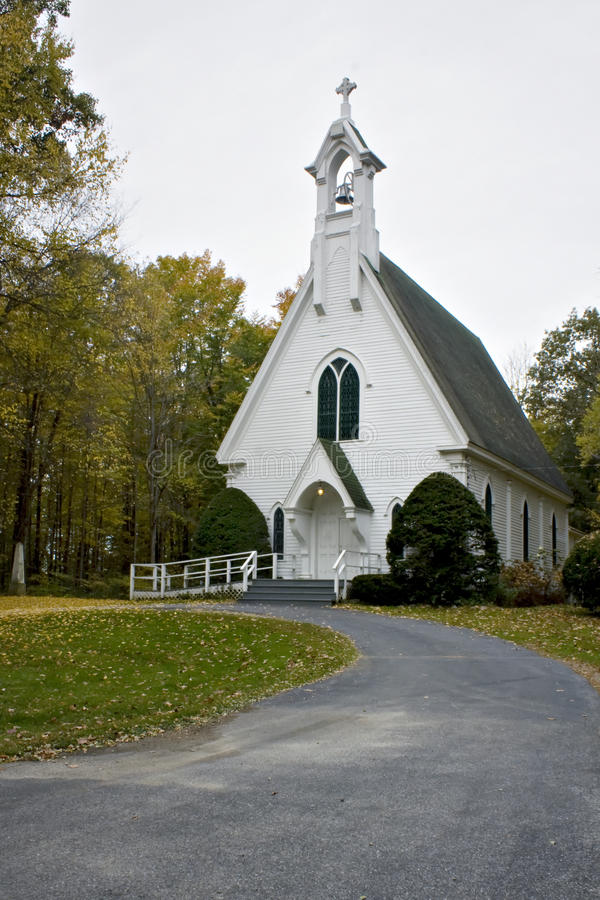 Free Road Leading To Beatiful Little White Church In Th Royalty Free Stock Photos - 13295688