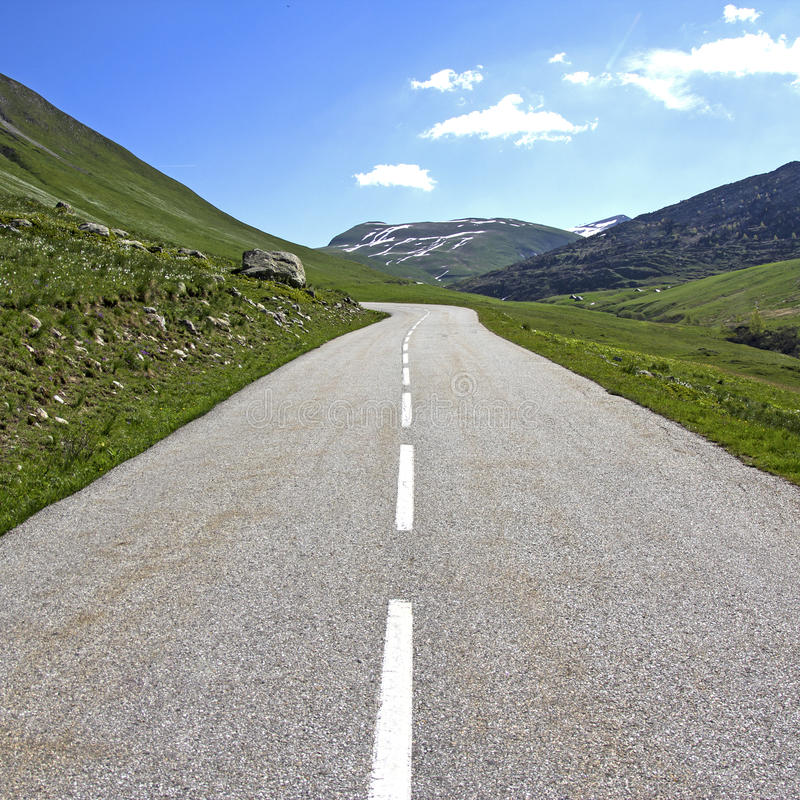Download Road, middle of the road. stock image. Image of marking - 33547211