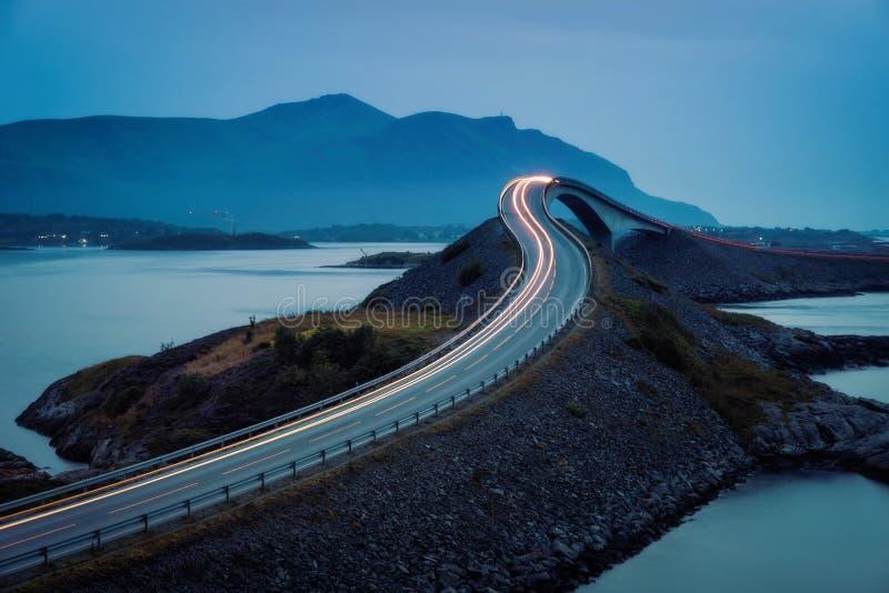 Road Noorwegen van de Atlantische Oceaan stock fotografie