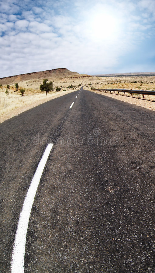 Free Road To Nowhere Royalty Free Stock Image - 2611126