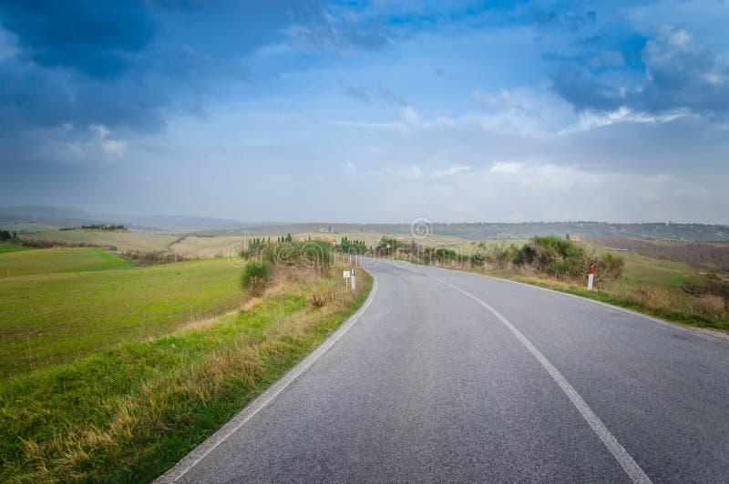 Road van Toscanië royalty-vrije stock afbeelding
