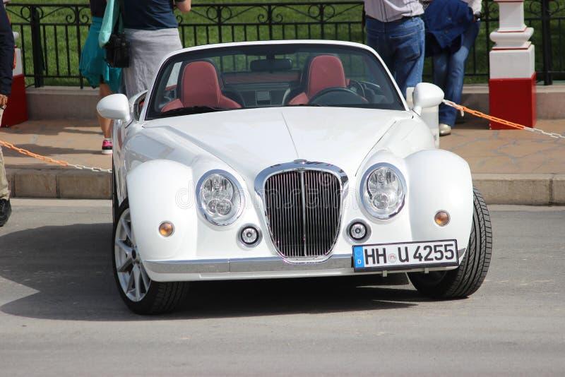 Roadster blanc de Mitsuoka au Monaco images stock