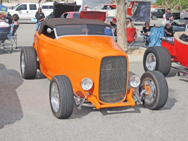 Roadster de rêve de mandarine photographie stock