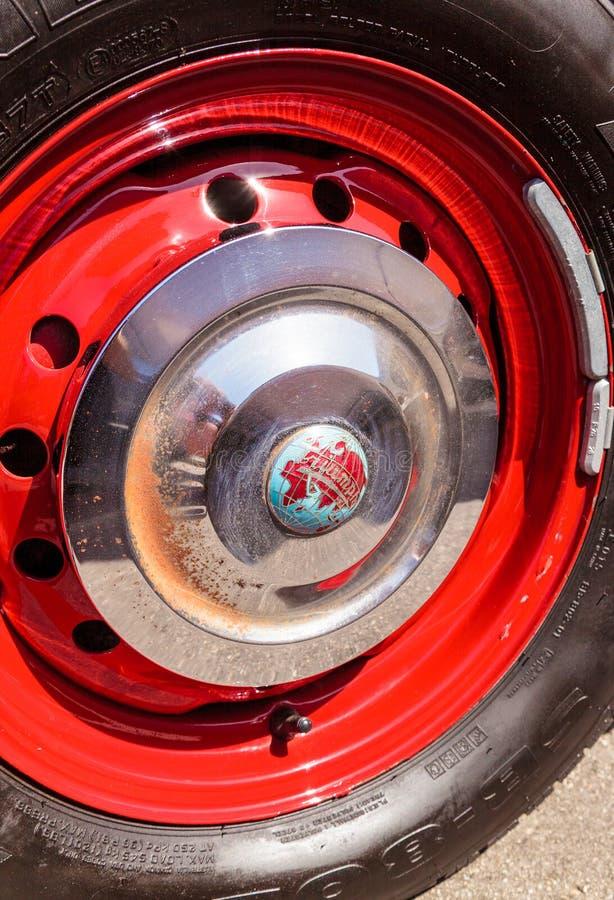 Roadster de Triumph du rouge 1957 images libres de droits