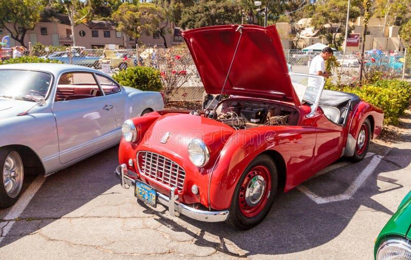 Roadster de Triumph du rouge 1957 image libre de droits