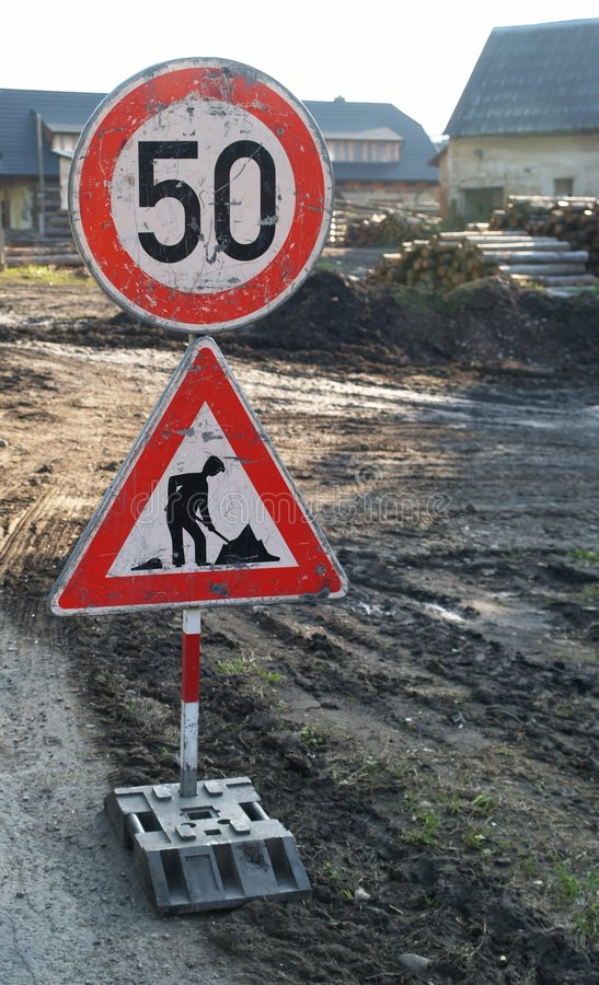 Free Roadwork And Slowdown Sign Royalty Free Stock Photography - 6661797