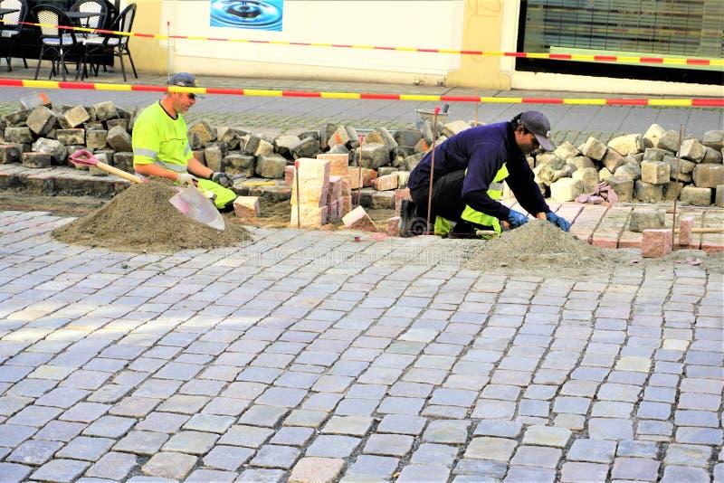 Roadworks da pedra no verão imagem de stock