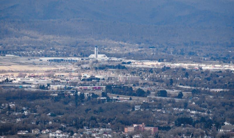 Roanoke —Blacksburg regional flygplats arkivfoton
