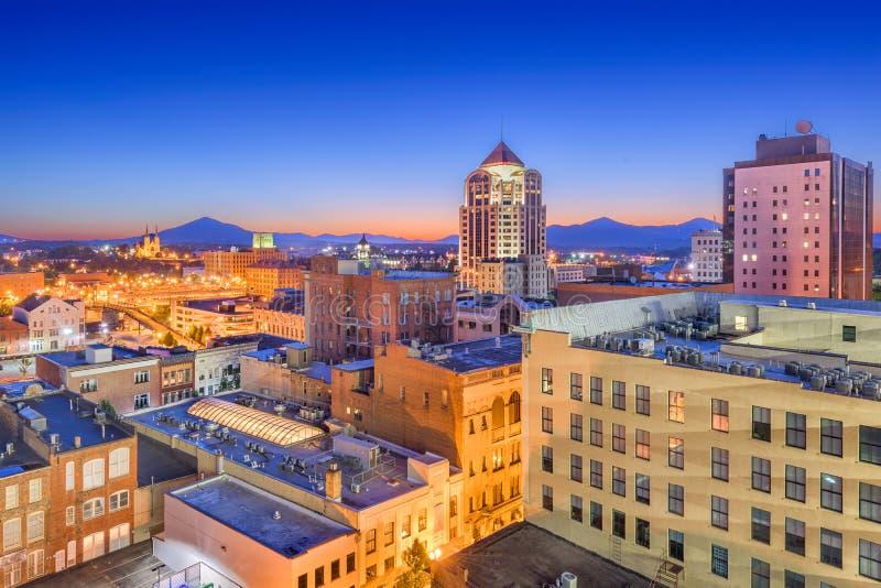 Roanoke, Вирджиния, горизонт США городской стоковые изображения