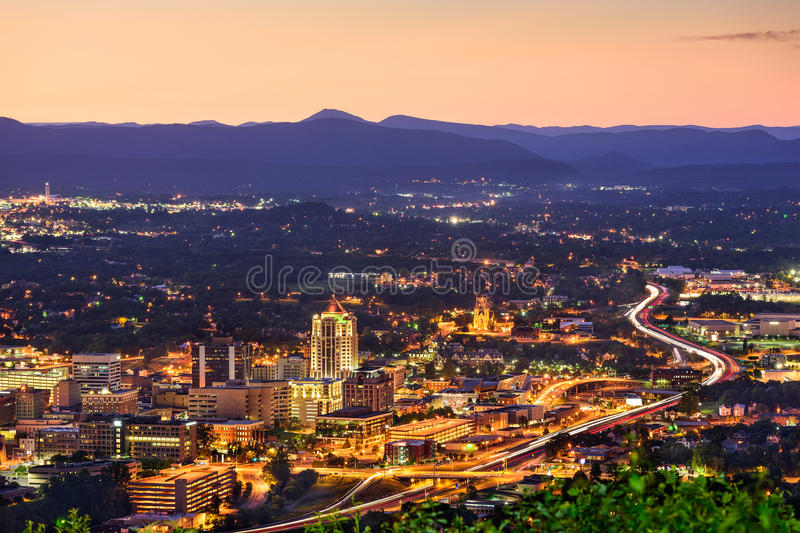 Roanoke, Virginia Skyline foto de archivo