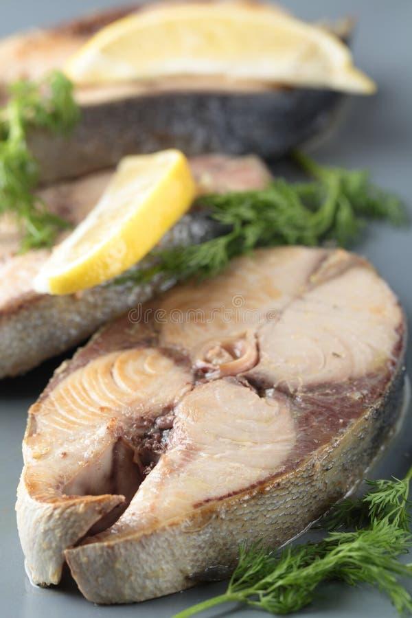 Roasted tuna steaks