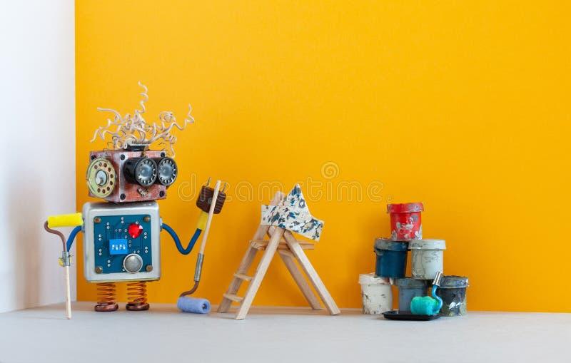 Robô do decorador do pintor pronto para a manutenção interior Sala que redecora o conceito Brinquedo engraçado do robô, pintura d imagem de stock