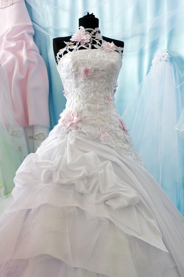 Robe de mariage photographie stock libre de droits