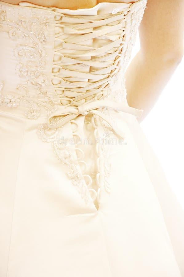 Robe de mariage sur le blanc photos stock