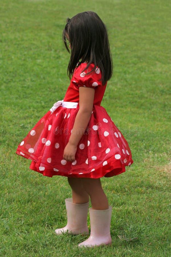 Robe rouge et blanche de point de polka images stock