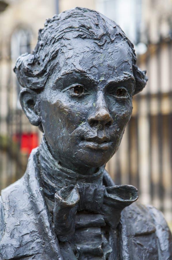 Robert Fergusson Statue i Edinburg arkivbilder