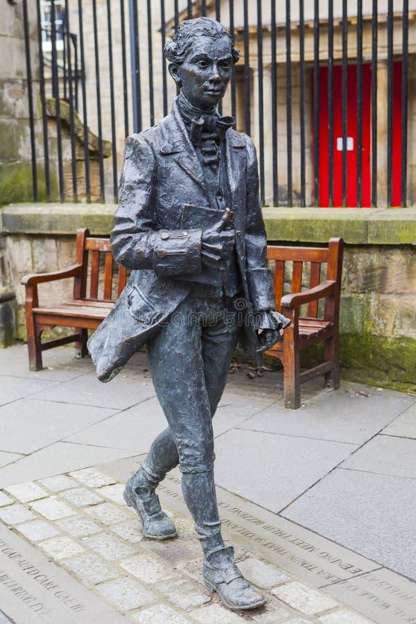 Robert Fergusson Statue i Edinburg royaltyfria bilder