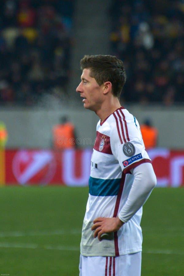 Robert Lewandowski Harmonia entre FC Shakhtar contra FC Baviera Champions League fotos de stock
