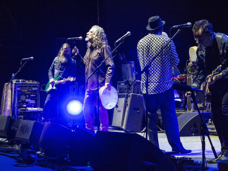 Robert Plant und das sensationelle Spaceshifters lizenzfreie stockfotografie