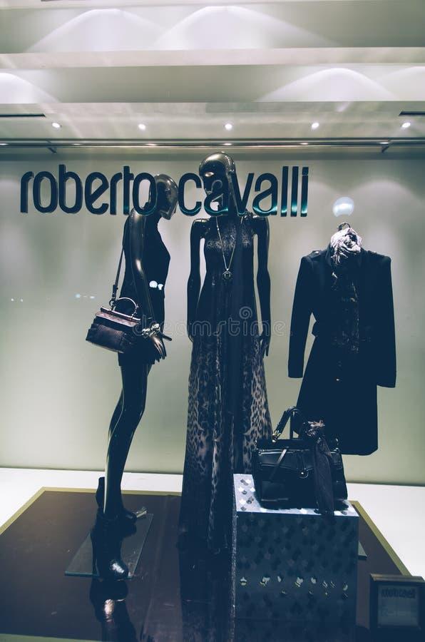 Roberto Cavalli, finestra del negozio, fotografia stock