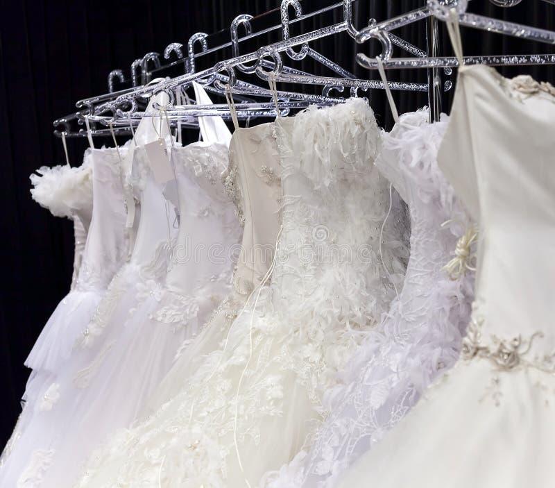 Robes de mariée photos stock