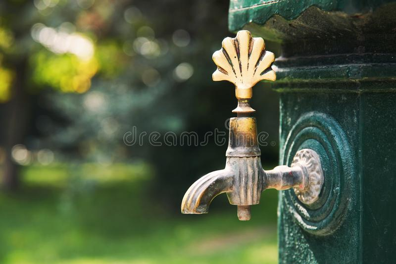 Robinet antique de robinet image libre de droits