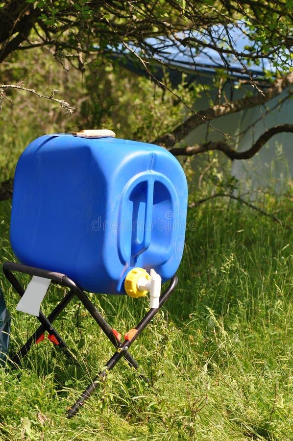 Robinet de baril d'eau de pluie photos libres de droits