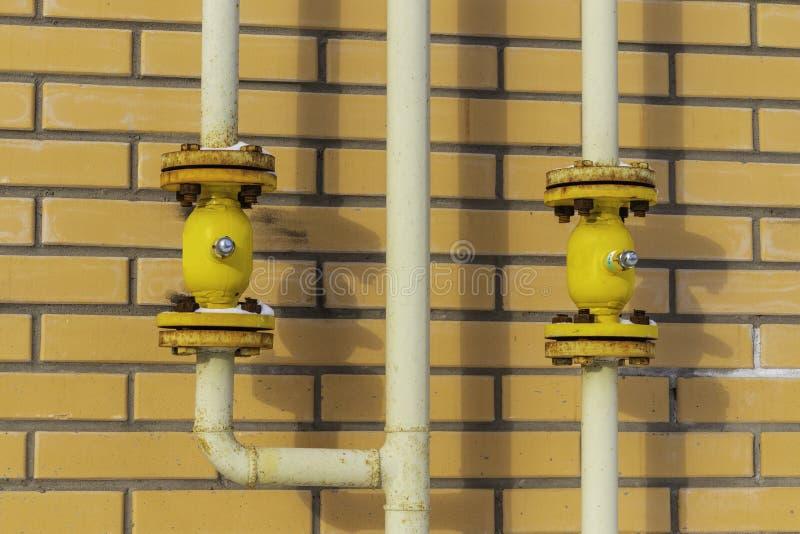 robinet pour arrêter le gaz dans un immeuble images libres de droits