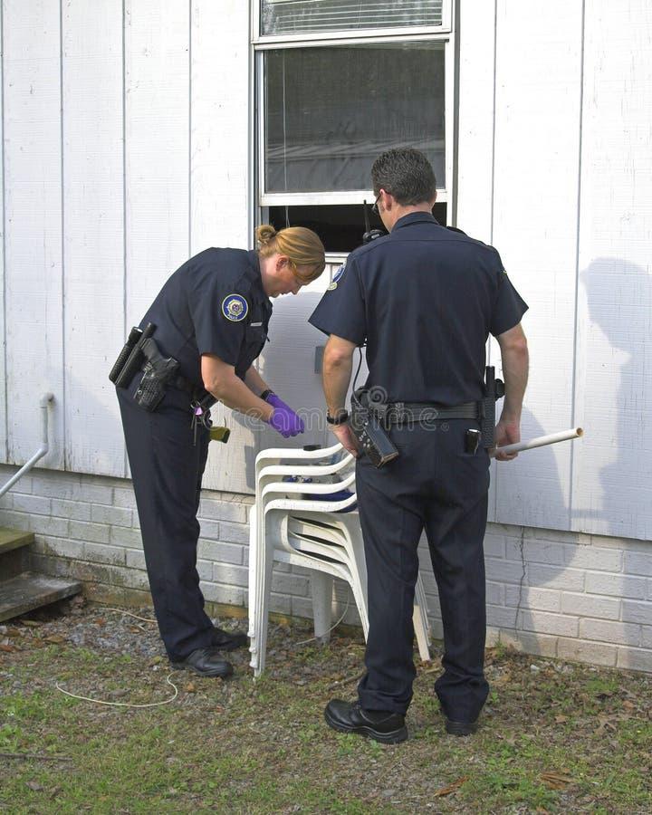Robo con allanamiento de morada de investigación de la policía imagen de archivo libre de regalías