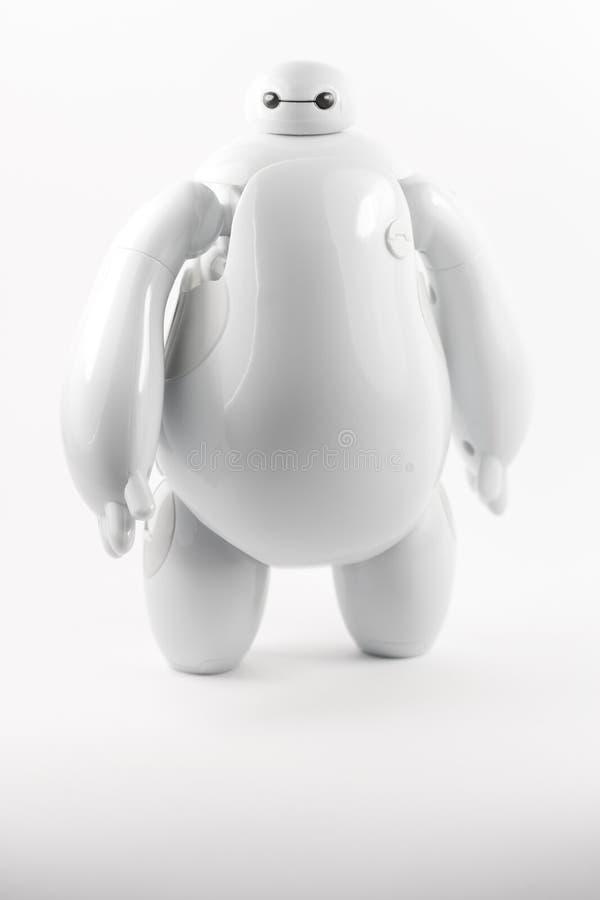 Robot BAYMAX från den STORA Disney för HJÄLTE 6 filmen arkivbild