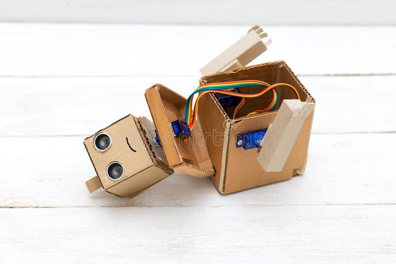 Robot - cet avenir de technologie Robot démantelé photo libre de droits