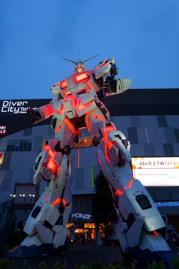Robot de Gundam, área Tokio de Odaiba fotografía de archivo
