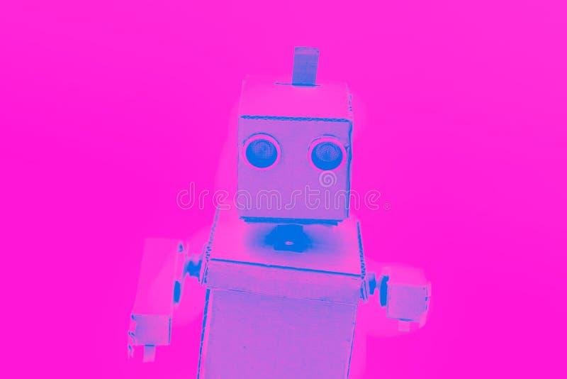 Robot met het effect van handenduotone Kunstmatige intelligentie royalty-vrije stock foto
