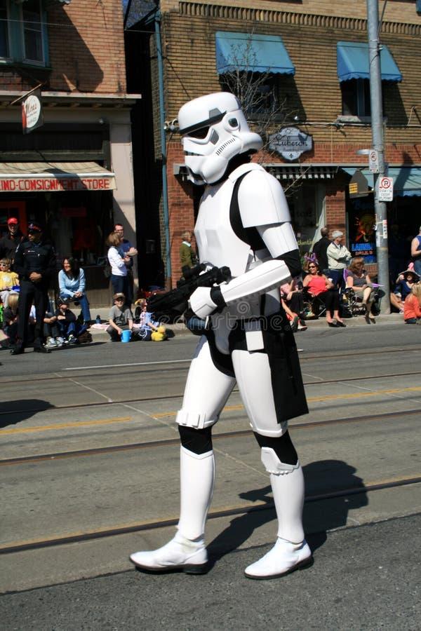 Free Robot On Street Royalty Free Stock Photos - 13768428