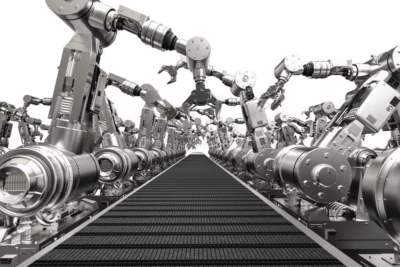 Robotachtige wapens met lege transportband stock foto