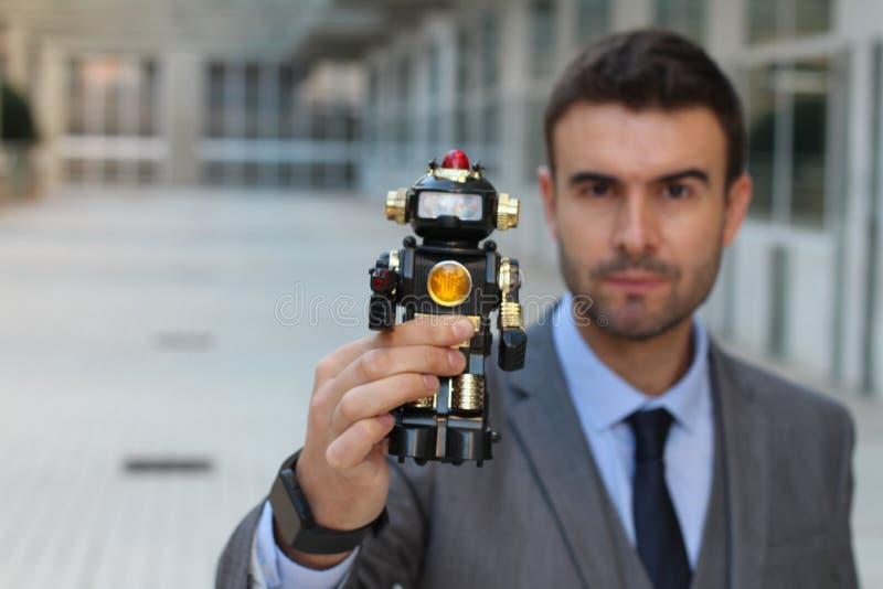 Roboter hergestellt, um Menschlichkeit zu steuern und zu zerstören stockfoto
