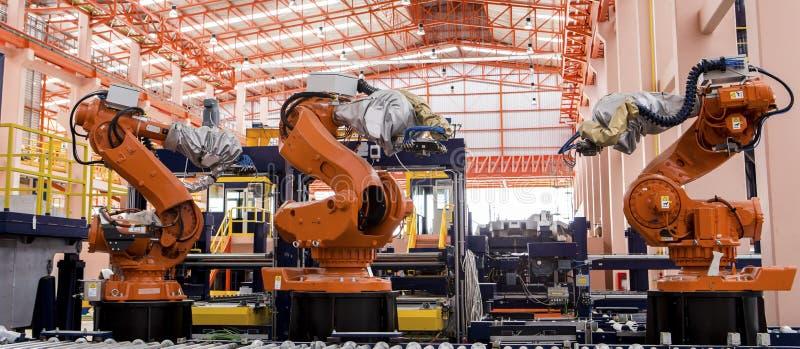 Roboterschweißen lizenzfreie stockfotos