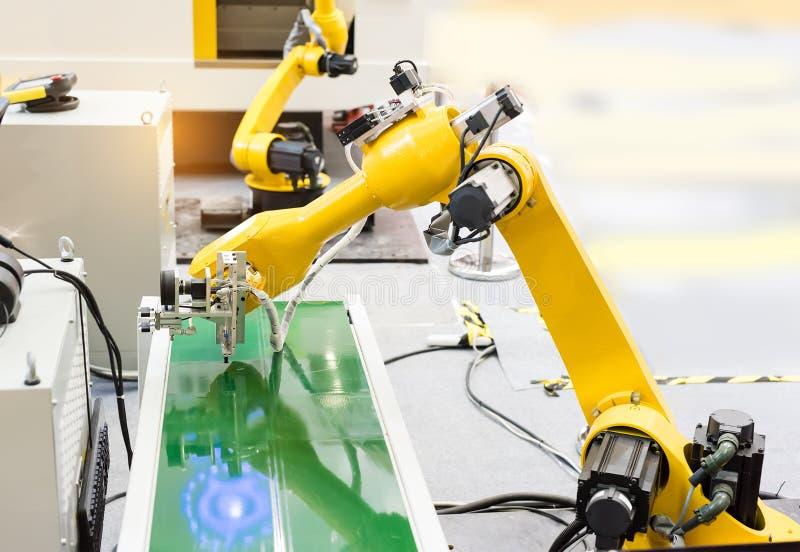 Robotersystem der industriellen Bildverarbeitung stockbilder