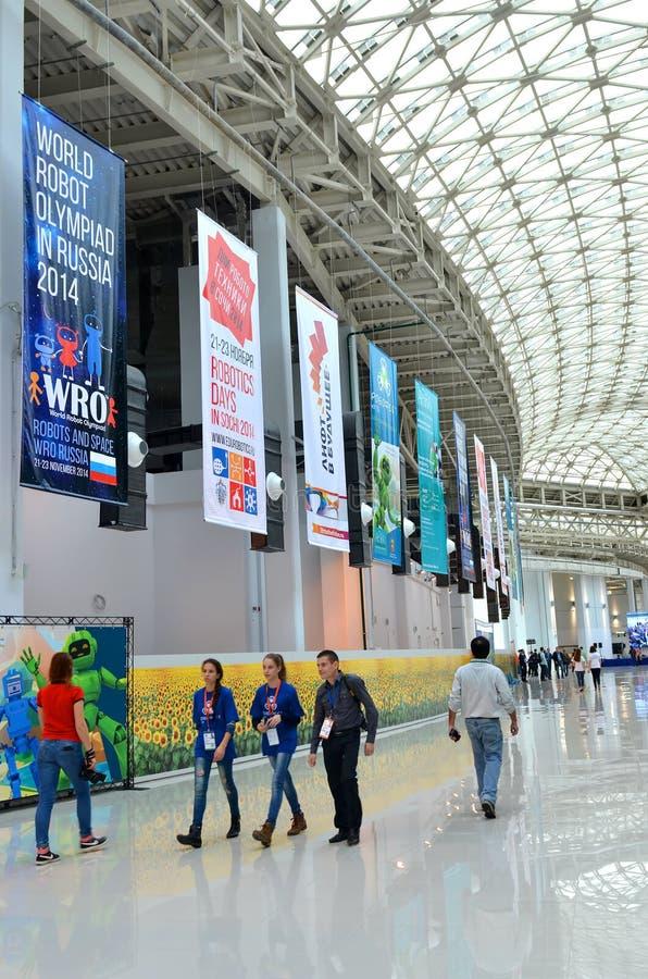 Robotic olympiad Ryssland 2014 för värld i Sochi royaltyfria bilder
