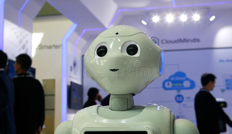 Robotica benvenuta di Cloudminds a MWC19 in dettaglio di Barcellona fotografia stock libera da diritti