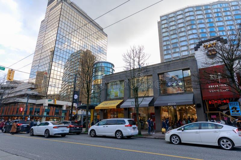 Robson ulica W centrum zakupy okręg w Vancouver BC zdjęcie stock