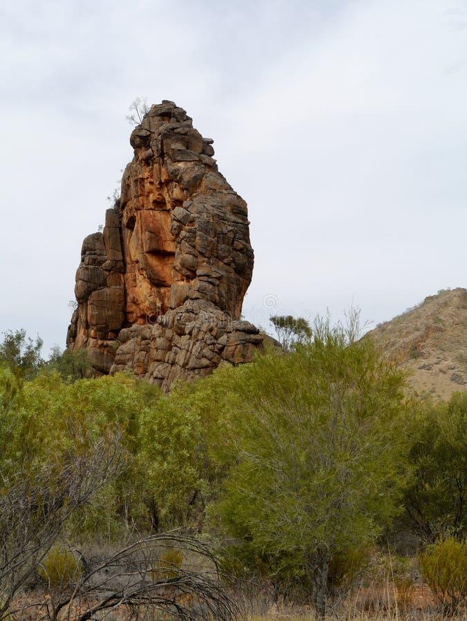 Roca de Corroboree en las gamas del este de McDonnell fotografía de archivo libre de regalías
