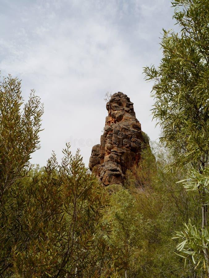 Roca de Corroboree en las gamas del este de McDonnell imagenes de archivo