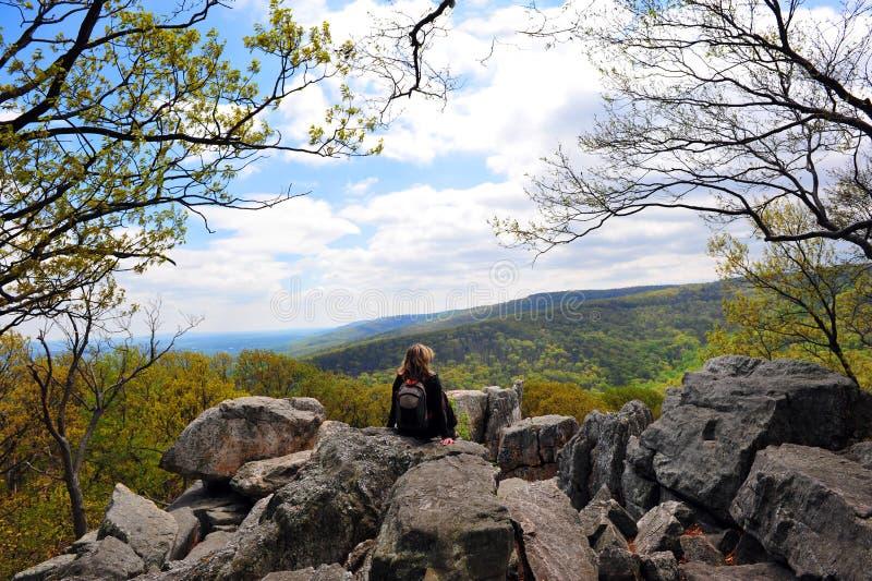 Roca de la chimenea, montañas apalaches Maryland imagenes de archivo